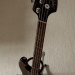 Squier Bass